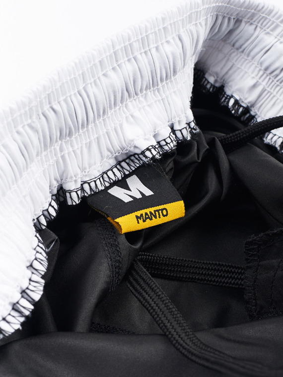 MANTO fight shorts EMBLEM black/white