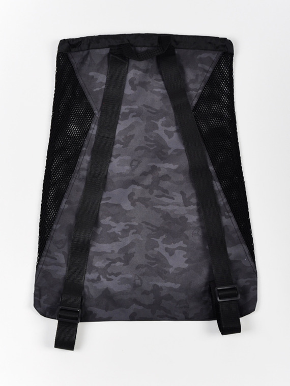 MANTO gym sack CAMO black