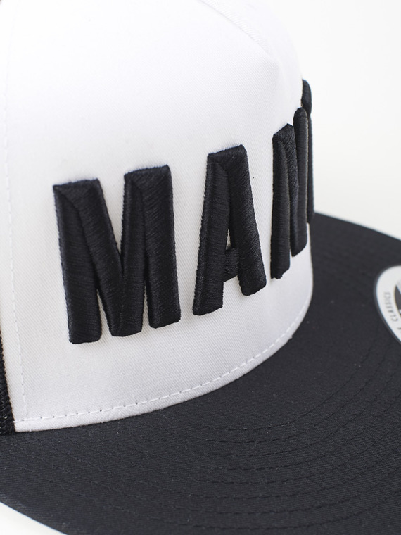 MANTO trucker cap EAZY black