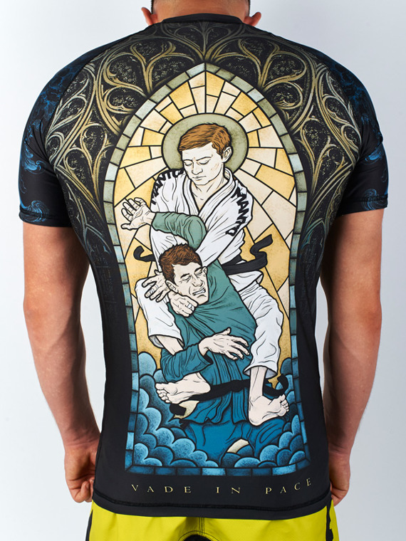 MANTO short sleeve rashguard GO IN PEACE schwarz